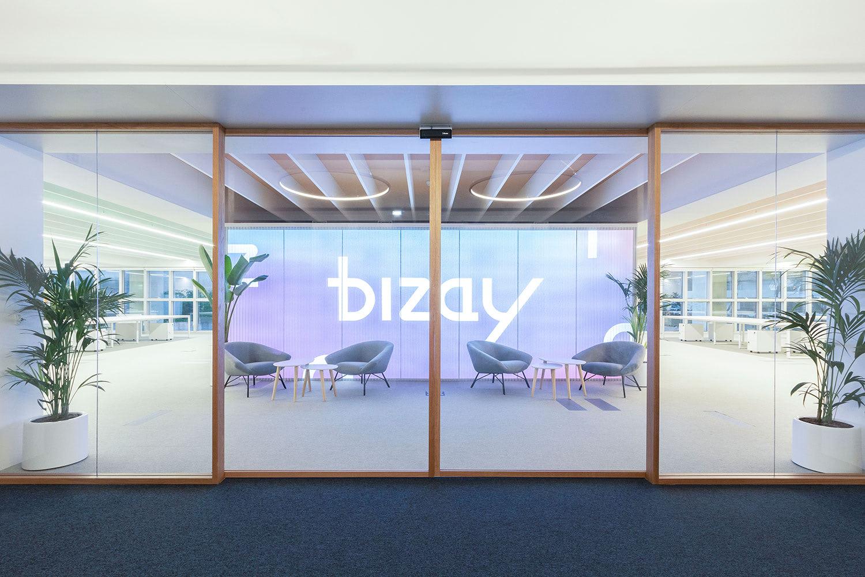 Bizay by Miguel Guedes Ramos